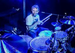 Alessandro Bagni: baterista da banda Dolores Dolores concede entrevista à Roadie Metal