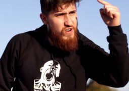 "Gabriel Bonilha, vocalista da ""Stoned Bulls"" concede entrevista a Roadie Metal, confira"
