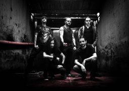 "Apple Sin: banda apresenta clipe da música ""Sea Of Sorrow"""