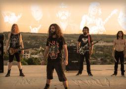 """Peixes Voadores: videoclipe da faixa """"Rock And Roll Me Salvou"""" é lançado"""