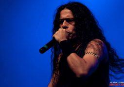 "Vitor Rodrigues: vocalista manda recado aos fãs sobre seu novo projeto ""Vitor Rodrigues Attack"""