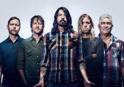 Foo Fighters: banda apresenta faixa inédita em show na Letônia