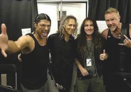 Metallica: Steve Harris prestigia show da banda no Canadá