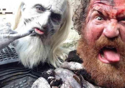 """Mastodon: guitarrista do grupo, Brent Hinds, aparece em cenas do seriado """"Game of Thrones"""""""