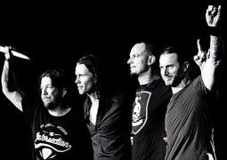 "Alter Bridge: banda lança ""Metalingus"", faixa ao vivo de ""Live At The O2 Arena + Rarities"""