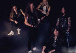 """Roadie Metal Entrevista: AIR RAID – Faltando poucos dias para o lançamento de """"Across The Line"""" a banda bate um papo com a gente sobre sua história e o processo de produção deste novo trabalho"""
