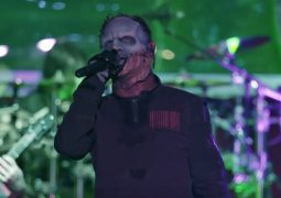 "Slipknot: assista a performance de ""Psychosocial"" do documentário ""Day Of The Gusano"""