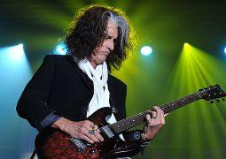 Joe Perry; Guitarrista anuncia novo álbum solo para janeiro